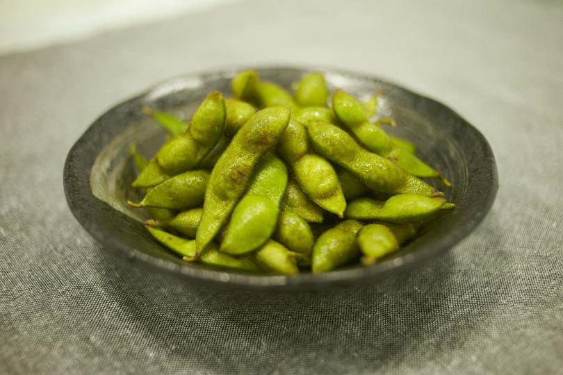 枝豆のおいしいゆで方と栄養満点のほっこり焼き枝豆レシピ